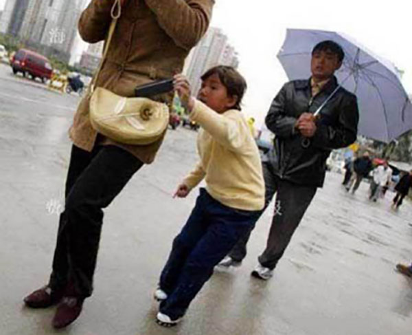 Improving prevention awareness and know the pickpockets