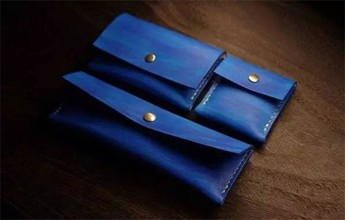 The overall color effect of wallet after the assembly