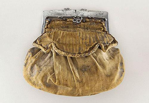 Wallet In 1580