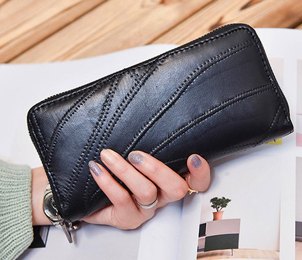 Carrying your wallet tightly and close to your body or in your own line of sight